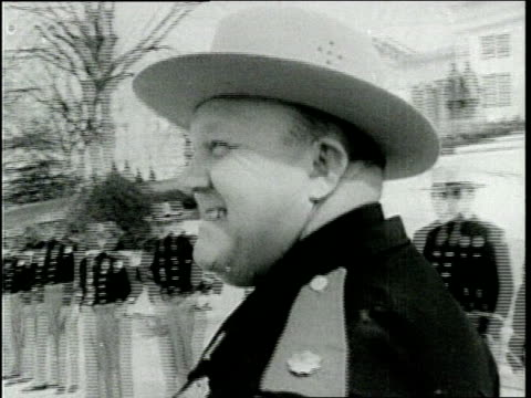 vidéos et rushes de police and protestors during civil rights - 1960