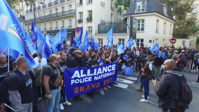 police anger march gathers 22000 demonstrators in paris police unions say alliance police union - propaganda stock videos & royalty-free footage