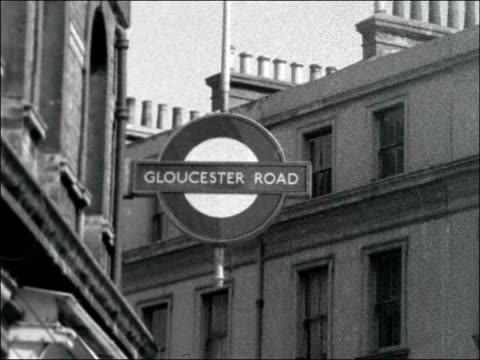 Police appeal for help in 'tube' murder ENGLAND London Gloucester Road EXT Entrance to Gloucester Road Underground Station people about / 'Gloucester...