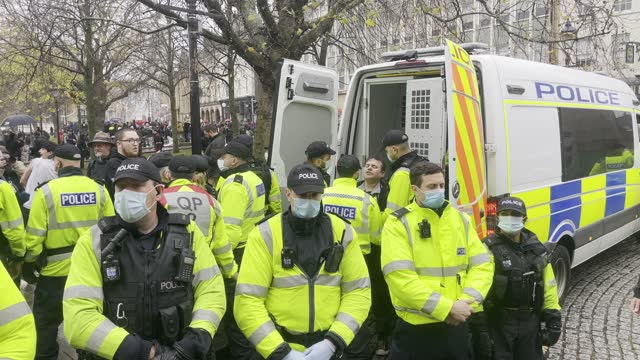 police arrest a man during the anti-lockdown protest on november 14, 2020 in bristol, england. police had warned protesters to cancel the march or... - horizontal stock videos & royalty-free footage