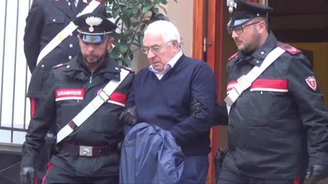 police arrests jeweller mineo 80 and at least 45 others in sicily just before he was due to be officially anointed at a reconvened mafia commission... - criminale video stock e b–roll