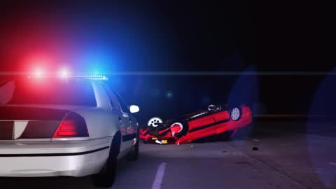 vídeos y material grabado en eventos de stock de coche de policía en escena del accidente - accidente de tráfico
