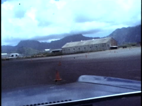 1975 montage pov police cars driving around a traffic cone-marked course during police academy training at bellows air force station/ honolulu, hawaii islands, usa - 1975 stock videos & royalty-free footage