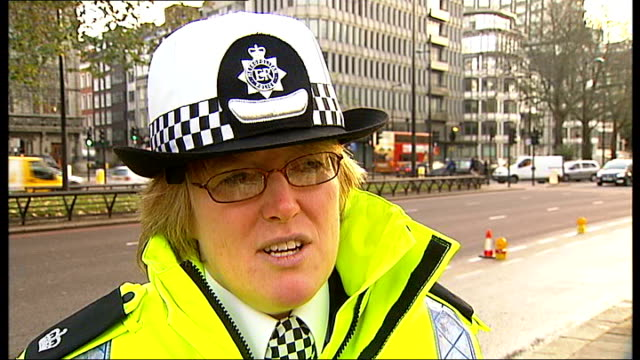 police crackdown on drink driving in london england london park lane ext superintendent michelle husk interview sot reporter blowing into... - alkoholtest stock-videos und b-roll-filmmaterial