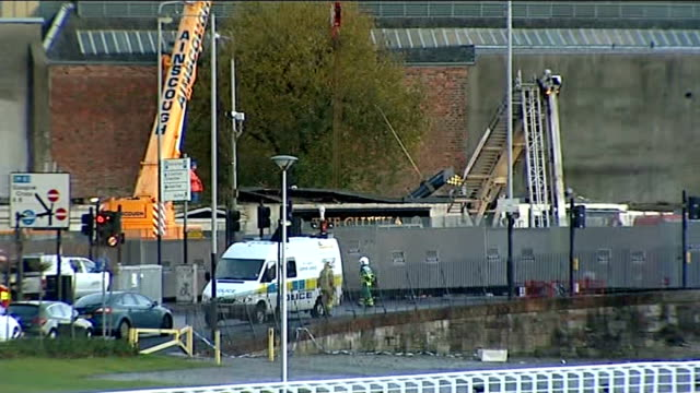 recovery operation continues and investigation begins scotland glasgow ext setup shot of reporter and chris greenhill chris greenhill interview sot... - ヘリコプター事故点の映像素材/bロール