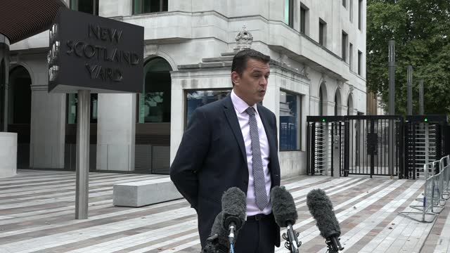 police hunt 49-year-old man after two people murdered in central london; england: london: new scotland yard: ext detective superintendent luke marks... - crime and murder stock videos & royalty-free footage