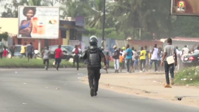 police in abidjan dispersed a demonstration on sunday by angry investors in agribusiness companies after the government froze the assets of some 28... - côte d'ivoire stock videos & royalty-free footage