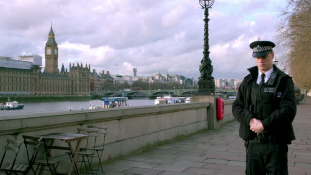 police lock down embankment due to terror attack on westminster bridge; westminster, london - terrorism stock videos & royalty-free footage