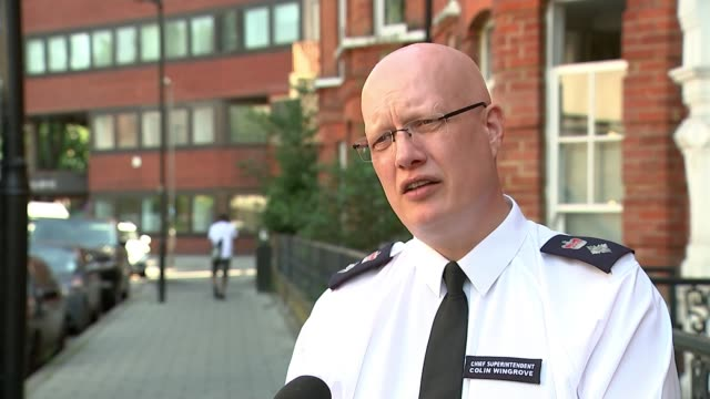 22 police officers injured in violent clash at illegal street party in brixton england london ext chief superintendent colin wingrove interview sot - war and conflict stock-videos und b-roll-filmmaterial