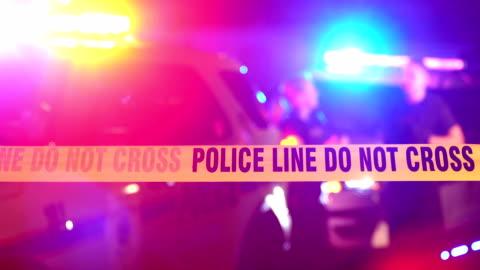 警務人員在罪案現場錄下談話 - 犯罪 個影片檔及 b 捲影像
