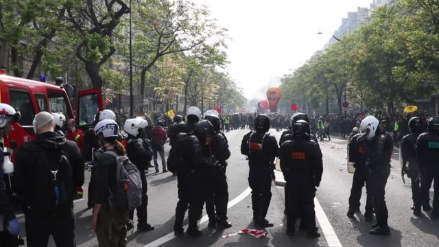 police protesters yellow vests and union cgt and a wounded protester the annual may day protests on may 01 2019 at boulevard saintmarcel paris france... - vest stock videos & royalty-free footage