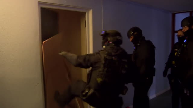 police raiding houses in north wales for county line drug dealers that set up base in drug addicts homes, known as cuckooing, north wales - aggression stock videos & royalty-free footage