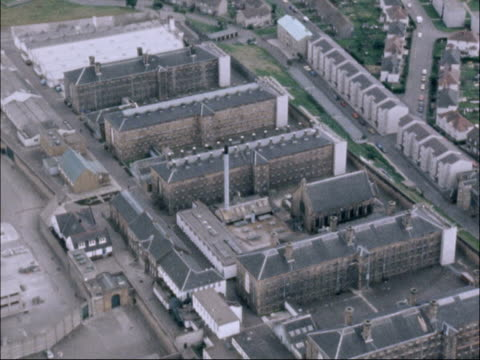 police search for escaped prisoners scotland glasgow barlinnie prison - prisoner uk stock videos & royalty-free footage