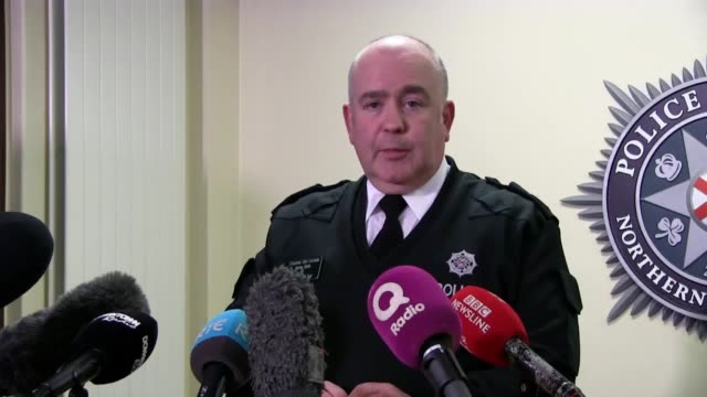 "vídeos y material grabado en eventos de stock de police service of northern ireland assistant chief constable george clarke said the ""carnage"" that could have been caused if the device had exploded... - heavy goods vehicle"