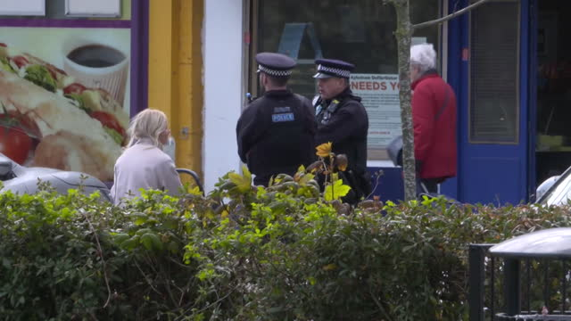 police speaking to locals in aylesham as they search for clues into the murder of julia james - kent england stock videos & royalty-free footage