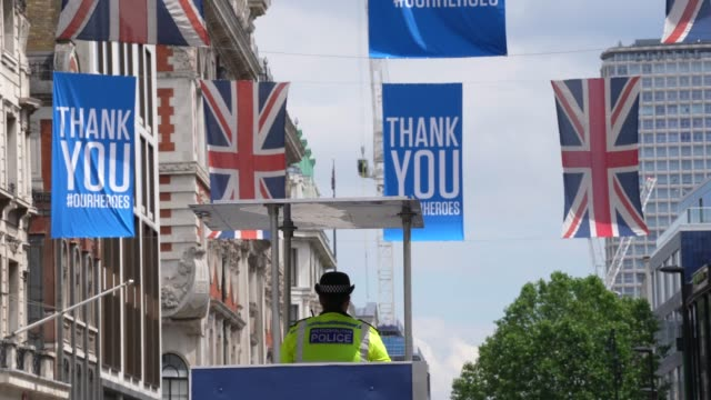 police tower sits in the centre of oxford street following closure due to the coronavirus outbreak on june 15, 2020 in london, united kingdom. the... - rescue worker stock videos & royalty-free footage