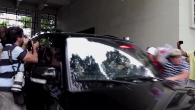 police transfer sergio cabral former governor of rio de janeiro from the federal police offices to the bangu prison after his arrest on graft charges - politician stock videos & royalty-free footage