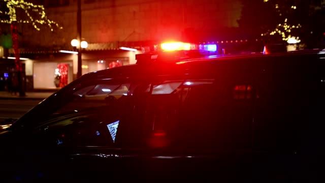 stockvideo's en b-roll-footage met politie - noodverlichting