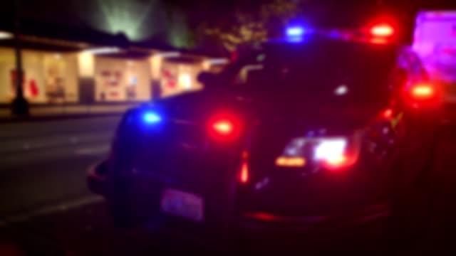 polizei - einsatzsirene stock-videos und b-roll-filmmaterial