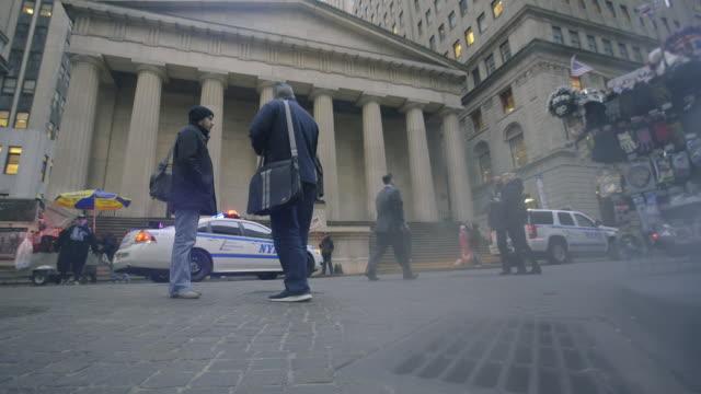 vidéos et rushes de police - braqueur de banque