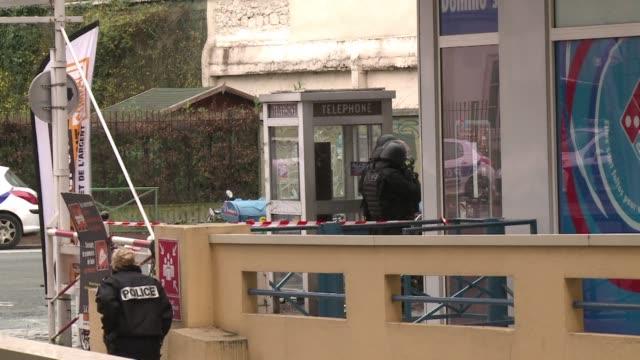 vídeos y material grabado en eventos de stock de a policewoman who was shot by a gunman wearing a bullet proof vest just outside paris has died and a second victim is in serious condition police... - jueves