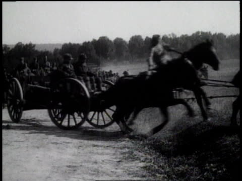 vidéos et rushes de polish army troops invade soviet russia and lithuania to regain lost territory - 1910 1919