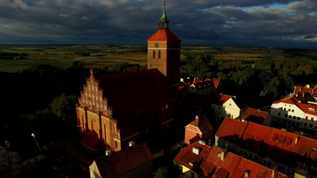 polish church - osteuropäische kultur stock-videos und b-roll-filmmaterial
