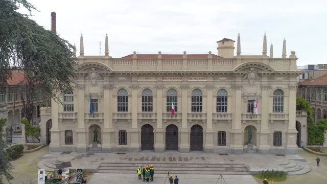 politecnico di milano. 4k - università video stock e b–roll