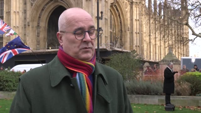 political commentator and lbc presenter iain dale predicts theresa may will win no confidence vote against her, and says it would look bad if the... - commentator stock videos & royalty-free footage