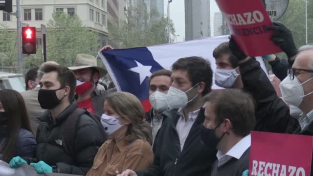 stockvideo's en b-roll-footage met political organizations in chile continue their campaign against the new constitution, one month before a referendum is due to take place - clean