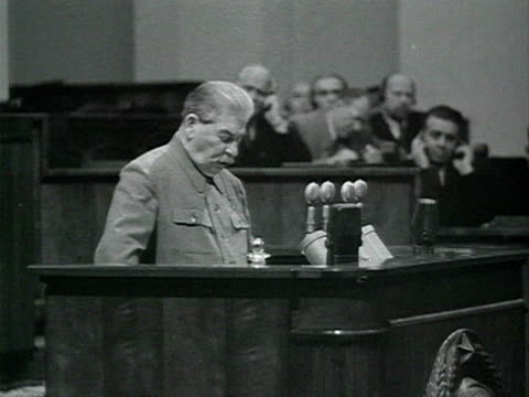 politician at microphone giving speech audio / moscow, russia - anno 1952 video stock e b–roll