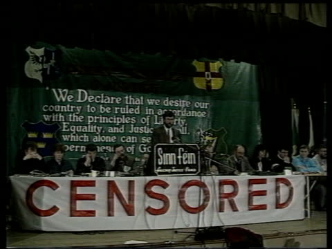 politicians and broadcasting; itn lib eire: dublin: seq sinn fein party conference with banner 'censored' across podium as gerry adams speaks - censorship stock videos & royalty-free footage