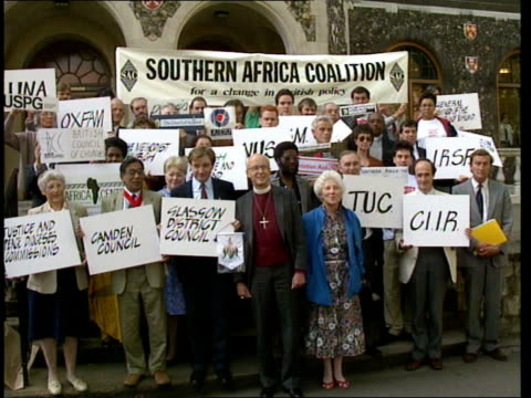 British AntiApartheid Coalition Formed **** FOR ENGLAND London Gt Smith St Church House MS Members of newly formed 'Southern Africa Coalition' posing...