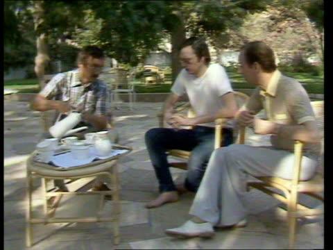 British Detainees LIBYA Tripoli MS Libyan Justice Minister Miftah Muhammad Kuayba shaking with 2 Euro Labour MPs Alf Lomas and Richard Balfe MS...