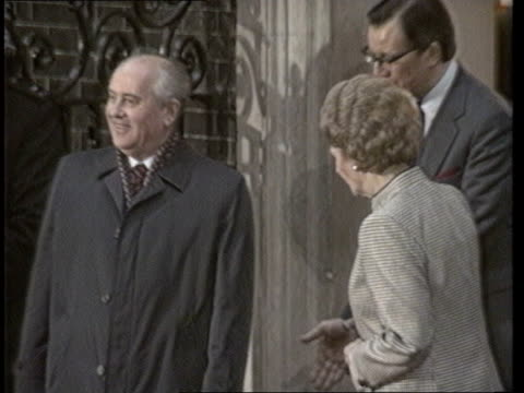 british journalists expelled; f'back april mrs thatcher with soviet pres gorbachev during visit to london - tx6.4.89 itn f'back soviet foreign... - aprile video stock e b–roll