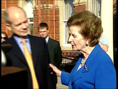 stockvideo's en b-roll-footage met conservative party conference day 2 itn england lancashire blackpool michael heseltine mp speaking on mobile phone heseltine away ext william hague... - william hague