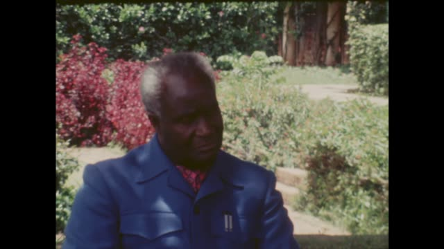 elections results itn zambia lusaka ext various of zambian president kenneth kaunda seated in a garden interviewed by jeremy thorpe about rhodesian... - kenneth kaunda stock videos & royalty-free footage