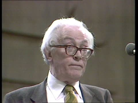 vídeos de stock, filmes e b-roll de labour party conference england brighton speaking sof i was there missed it cut out ms callaghan kaufman listen ms michael foot speaking sof no such... - tony benn