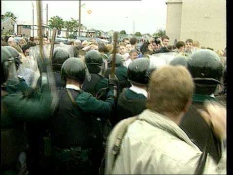 politics: local elections; itn lib held belfast - july 1996 riot police scuffling with rioters itn held belfast - 21.5.97 name outside bldg 'lower... - belfast stock-videos und b-roll-filmmaterial
