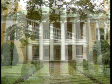 Politics new Soviet system CF TAPE NO LONGER AVAILABLE SOVIET UNION Lenin's Dacha LMS Entrance to mansion seen through trees LMS Smaller building PAN...