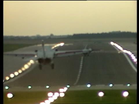 US Envoy in Spain to Discuss Libya F111s arriving in UK last week