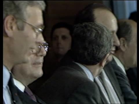 vídeos y material grabado en eventos de stock de us envoy in spain to discuss libya hans dietrich genscher at foreign ministers meeting libyan embassy exterior - político