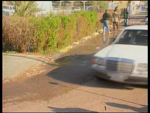 un weapons inspectors itn iraq baghdad limousine towards convoy away meeting between un inspectors iraqi leaders including deputy prime minister... - saddam hussein stock videos & royalty-free footage
