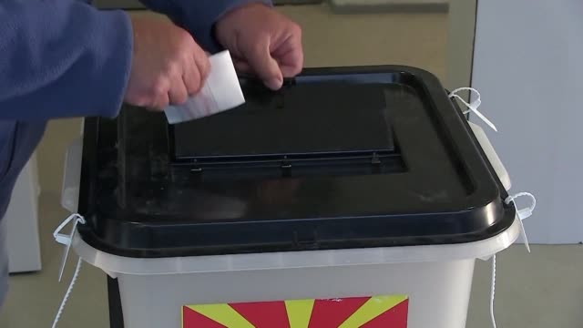 polls open in north macedonia for the country's first presidential election since it changed its name following the country's changing its name to... - grecia stato video stock e b–roll