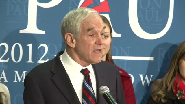 polls show antiinterventionist stalwart ron paul holding onto second place just hours before the republican iowa caucuses as he woos libertarian... - 2012 united states presidential election stock videos & royalty-free footage