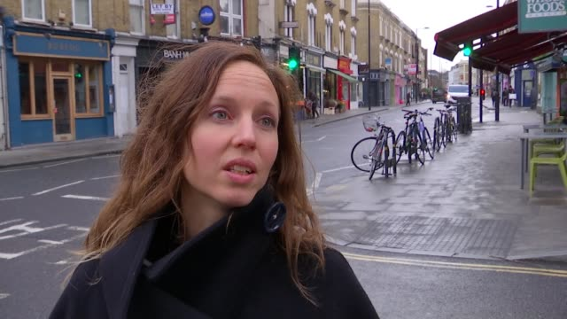 Pollution fears of parents at primary school in Stoke Newington Sally Newsom interview SOT Lucy Harbor interview SOT