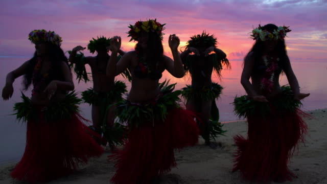 polynesian males and female dancers on sunset beach - tahiti stock videos & royalty-free footage