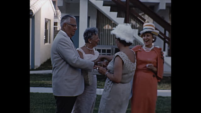 vidéos et rushes de 1961  pompano beach - party hat