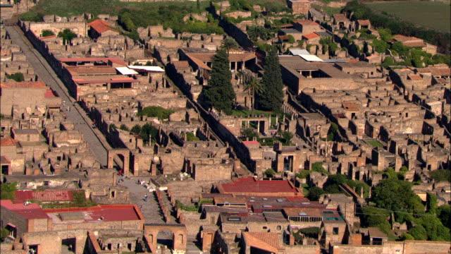 pompei-vista aerea-campania, napoli, pompei, italia - archeologia video stock e b–roll