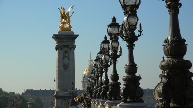 pont alexandre iii, paris, ile de france, france - pont alexandre iii stock videos & royalty-free footage